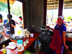 Coffe and waffle shop at Doi Inthanon Bungalows